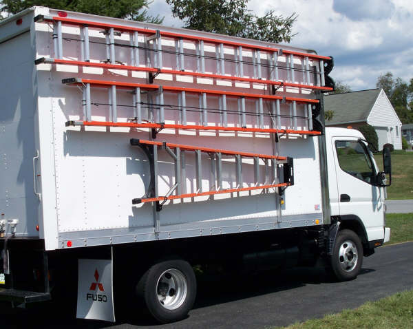 Cube Van w ladder racks