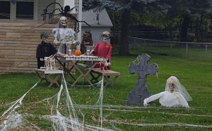 Skeletons...playing poker?